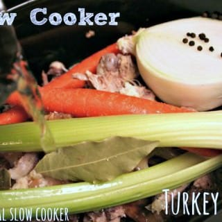 Slow Cooker Turkey Stock