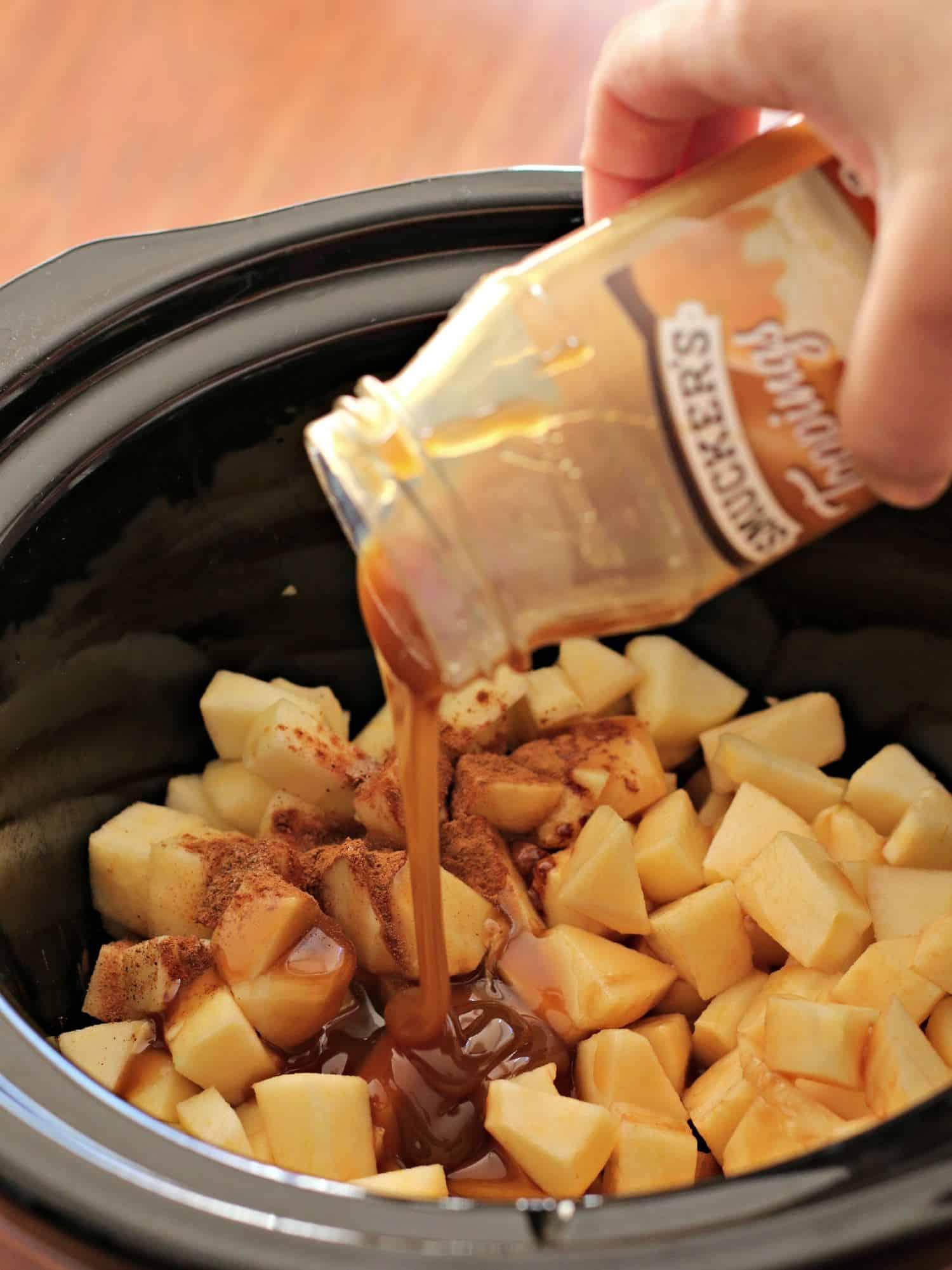 apple pie dip pour