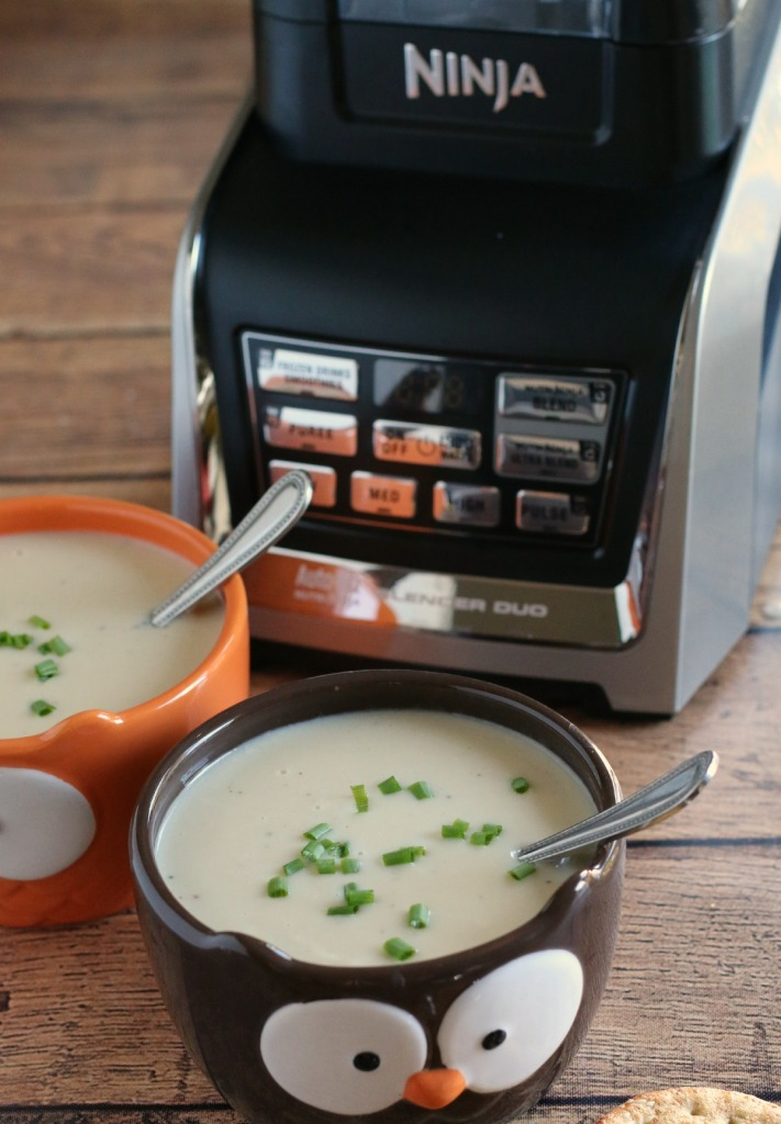 Slow Cooker Creamy Potato Leek Soup l The Magical Slow Cooker