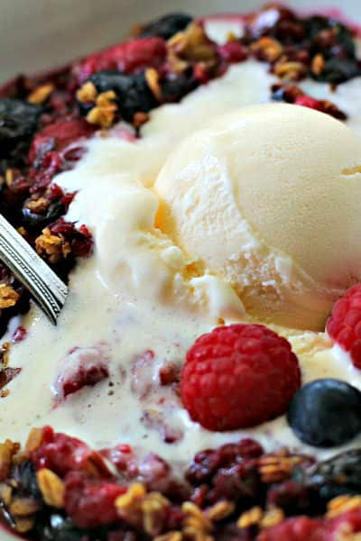 Light Berry Crisp