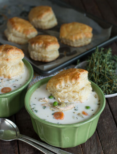 Slow Cooker Chicken Pot Pie Soup { Freezer Meal Friendly}