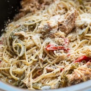 close up of chicken spaghetti in slow cooker