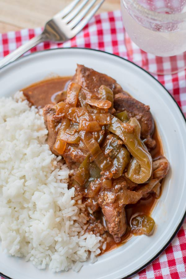 Slow Cooker Country Style Ribs with Bell Pepper and Onions