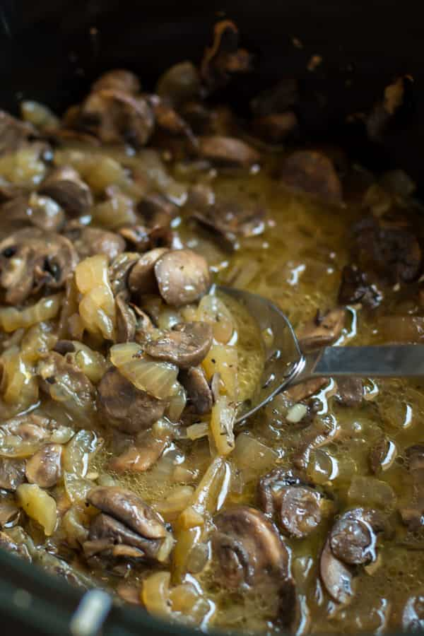 Slow Cooker Herbed Mushrooms and Onions - The Magical Slow Cooker