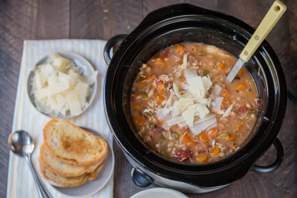 Slow Cooker Tuscan Chicken and White Bean Soup {Freezer Meal Friendly}S