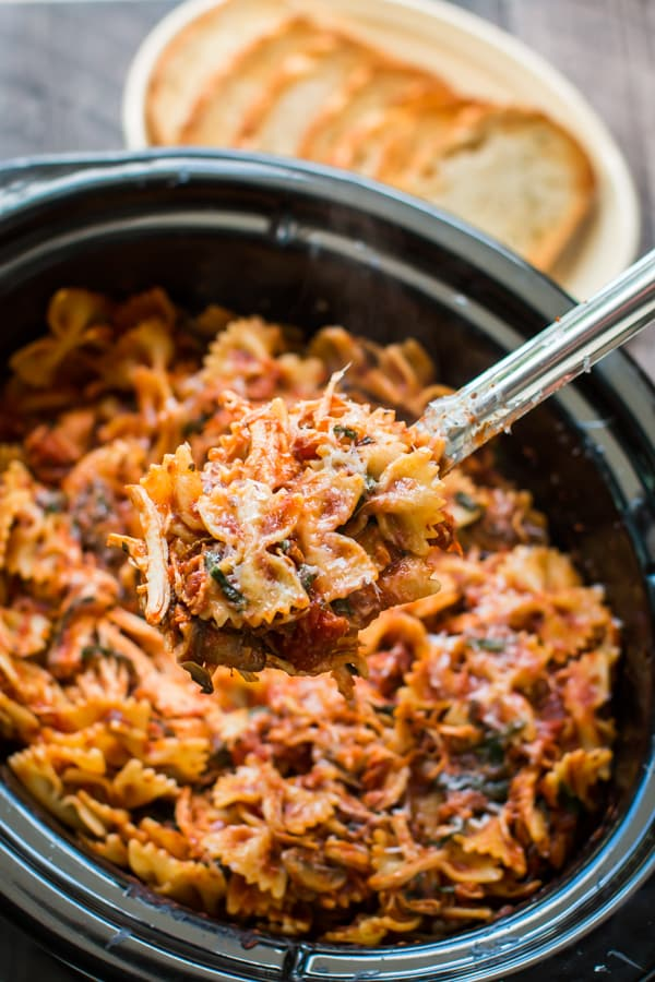 Slow Cooker Chicken Bacon Pasta
