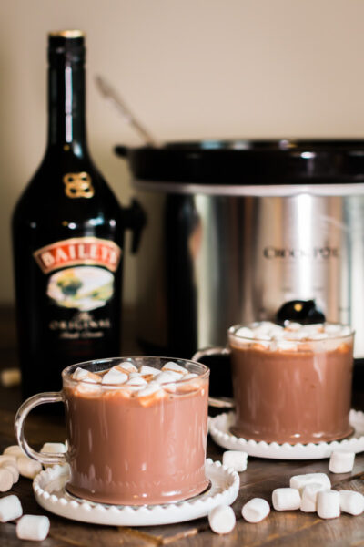 Slow Cooker Baileys Irish Cream Hot Chocolate