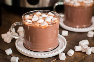 Slow Cooker Baileys Irish Cream Hot Chocolate