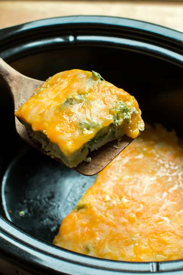 Slow Cooker Crustless Broccoli Cheese Quiche