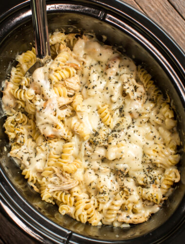rotini pasta with pesto and chicken