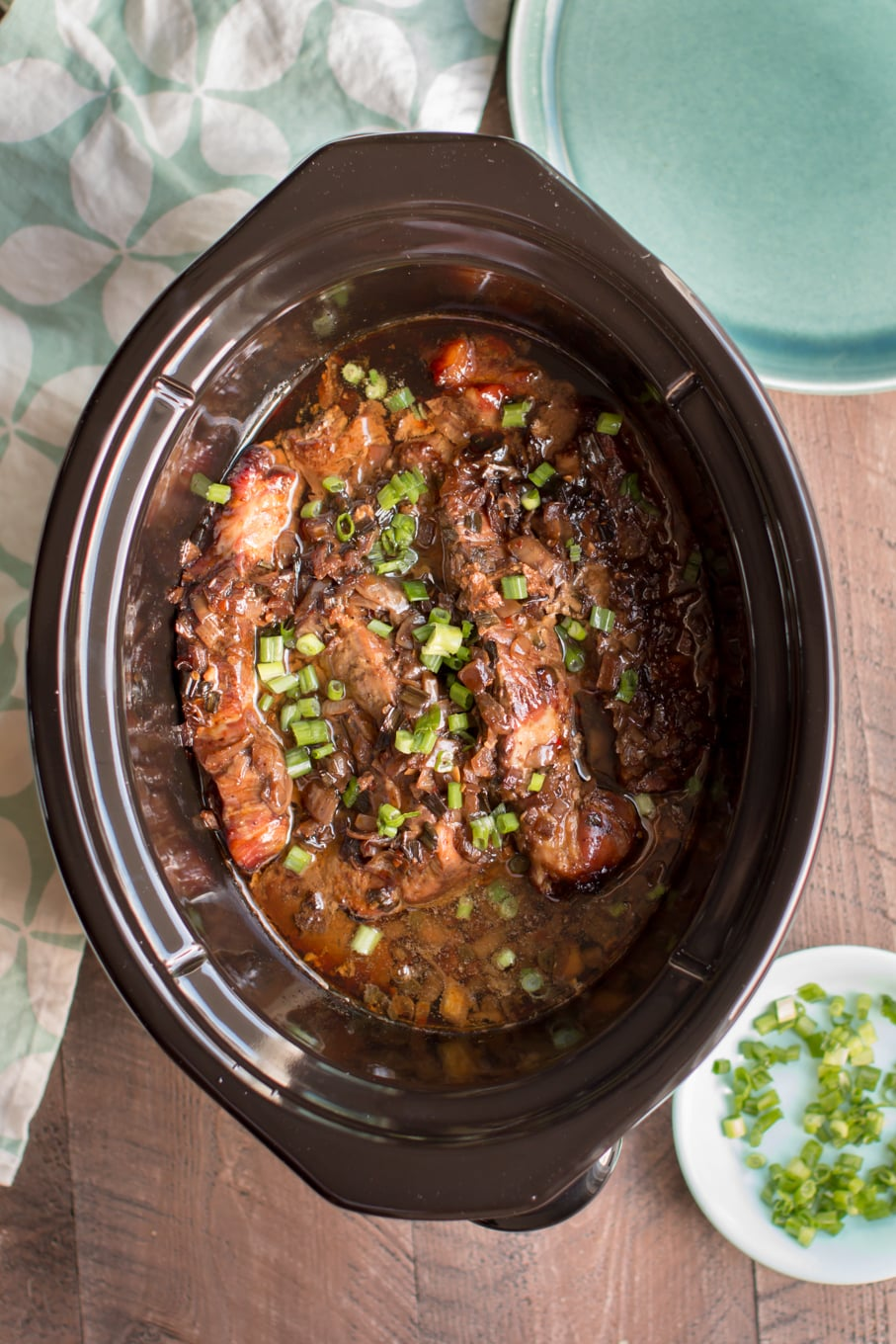 Slow Cooker Molasses Country Pork Ribs