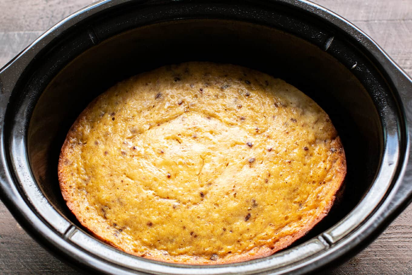 Slow Cooker Banana Nut Cake