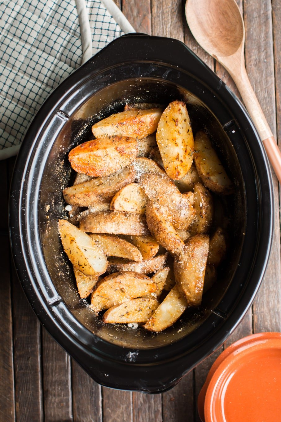 Slow Cooker Cajun Parmesan Potatoes