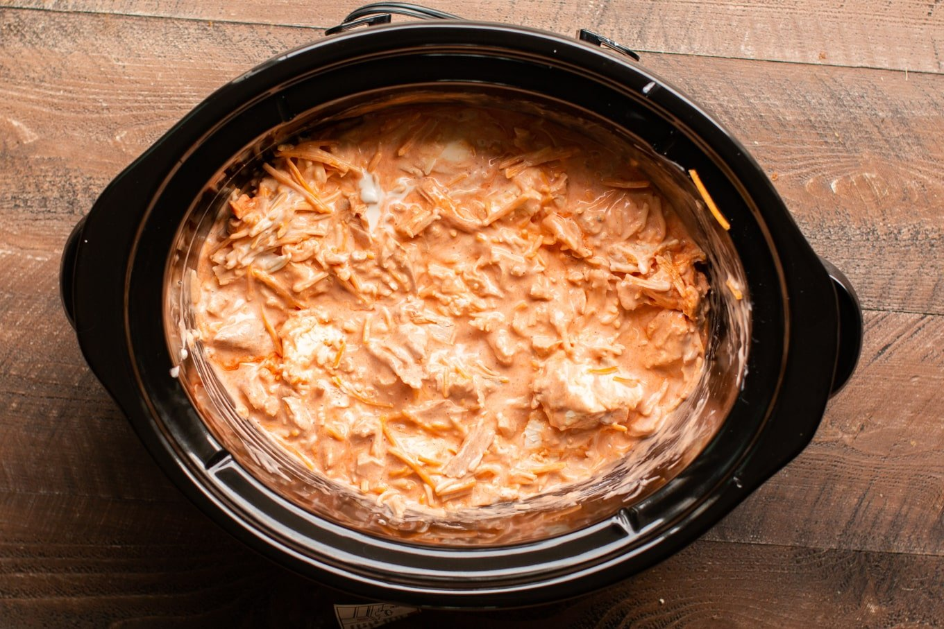 Slow Cooker Buffalo Ranch Chicken Dip