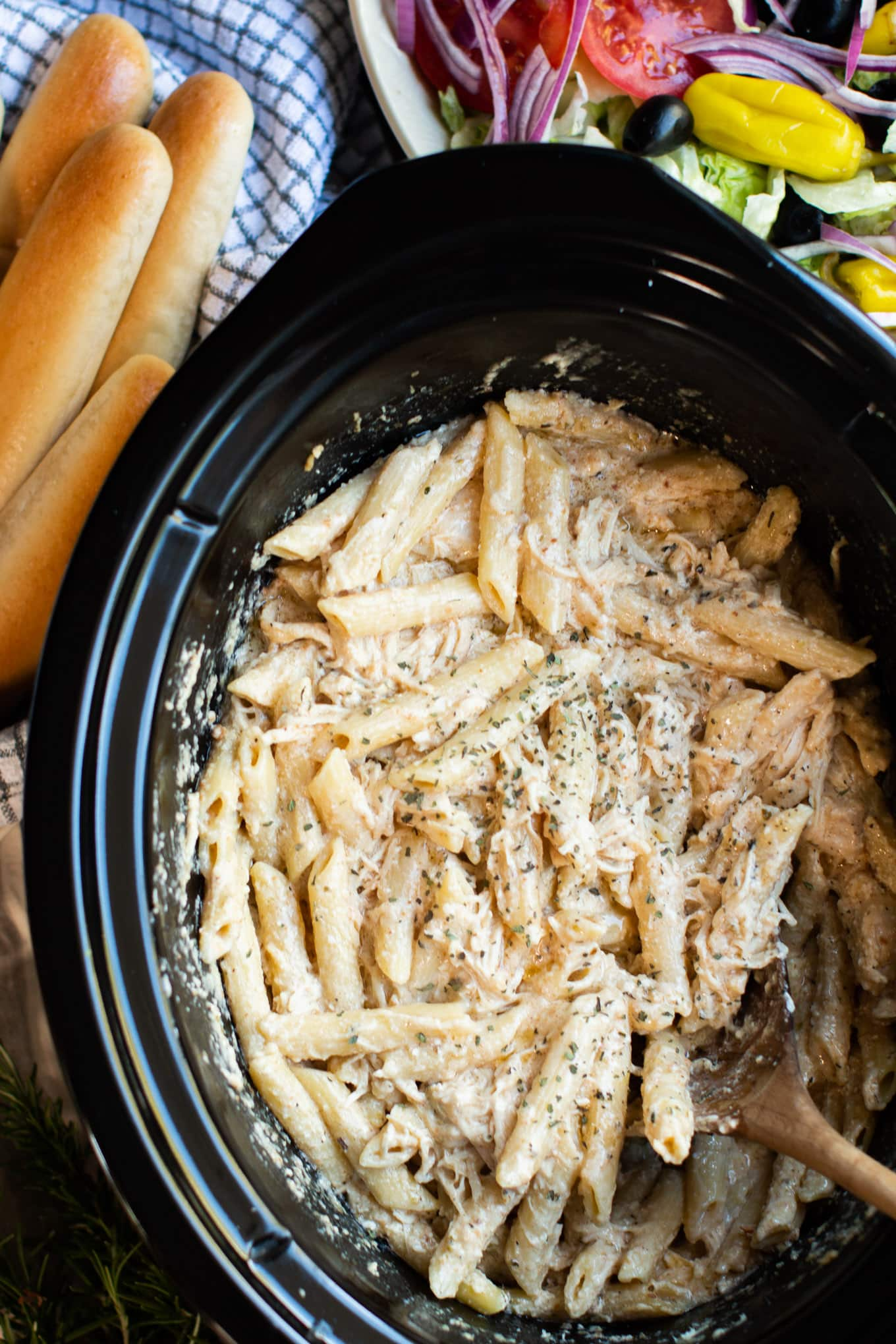 Slow Cooker Olive Garden Chicken Pasta The Magical Slow Cooker