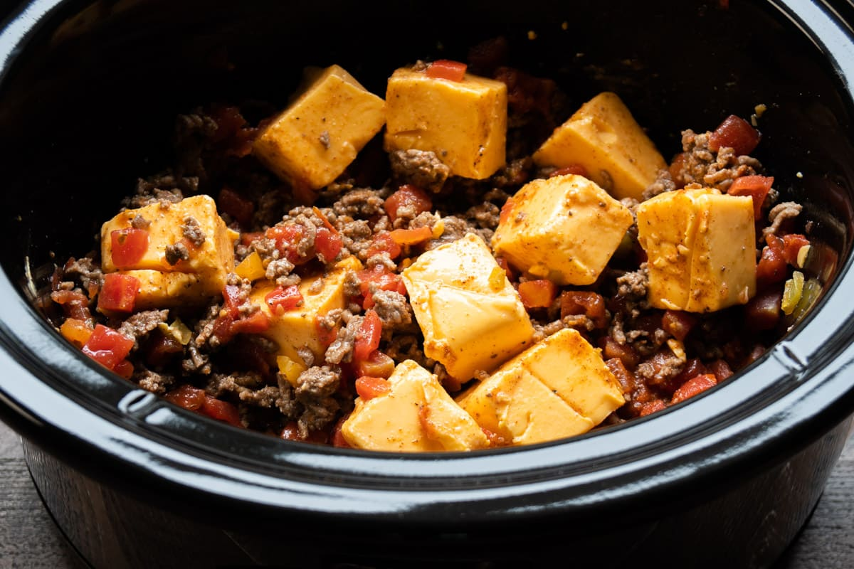 cubes of velveeta in rotel and crumbled ground beef