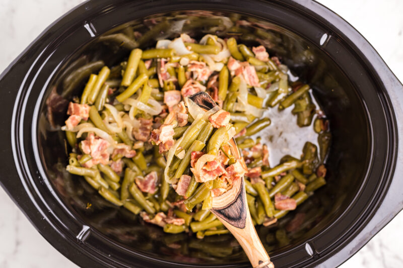 cooked green beans and bacon in slow cooker