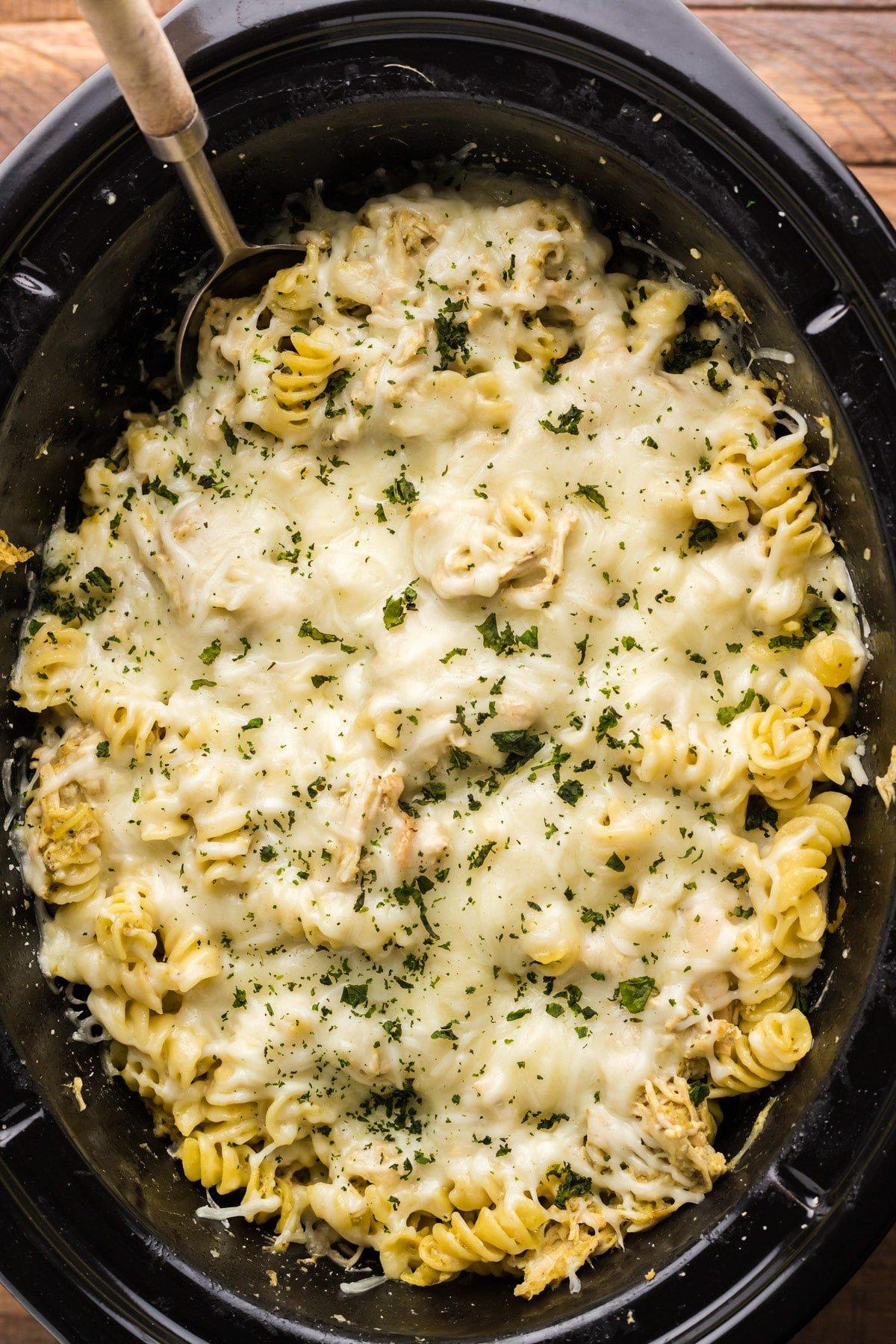 close up of pesto chicken pasta