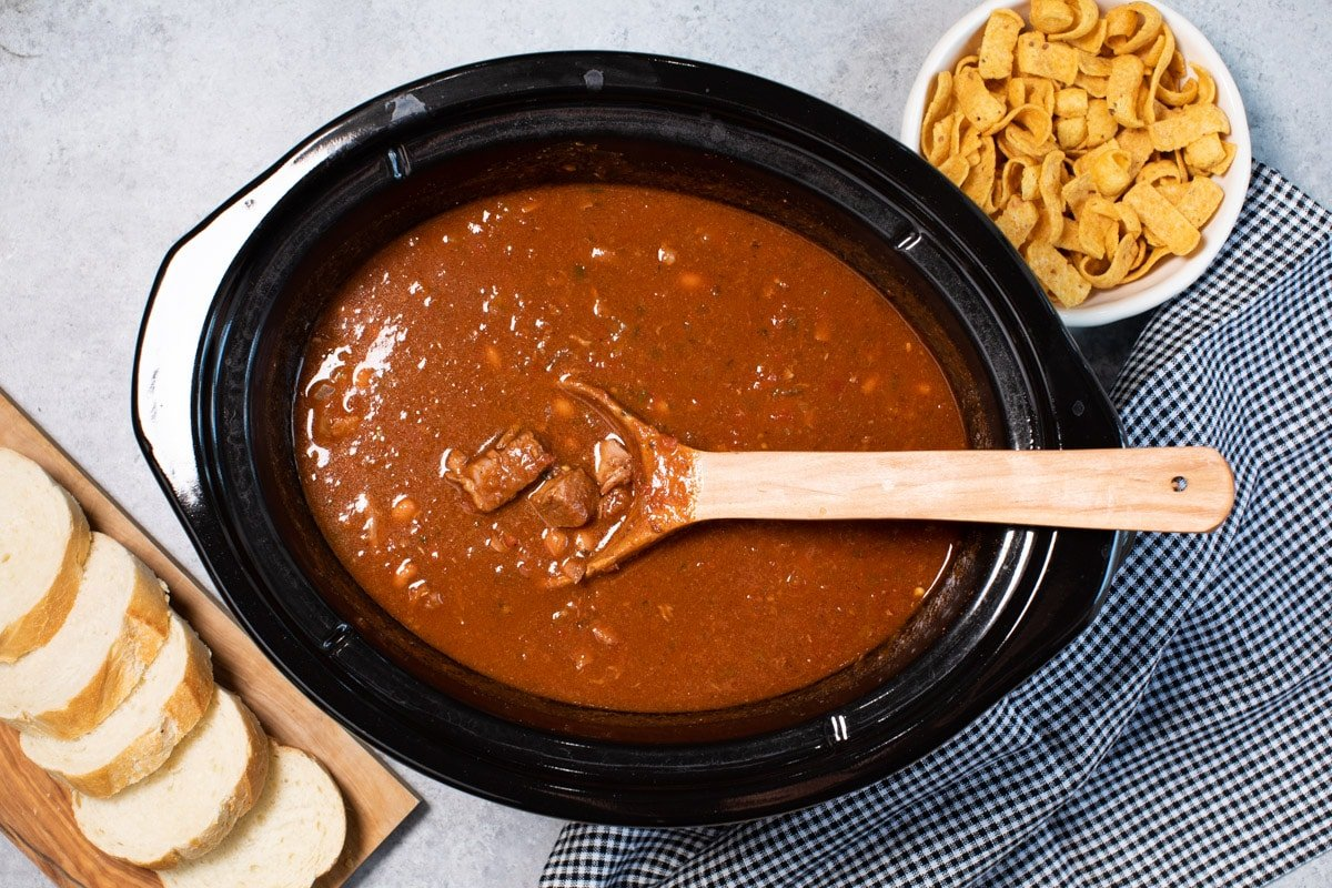 done cooking steakhouse chili in slow cooker